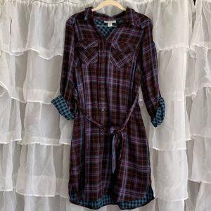 Motherhood plaid flannel button down dress